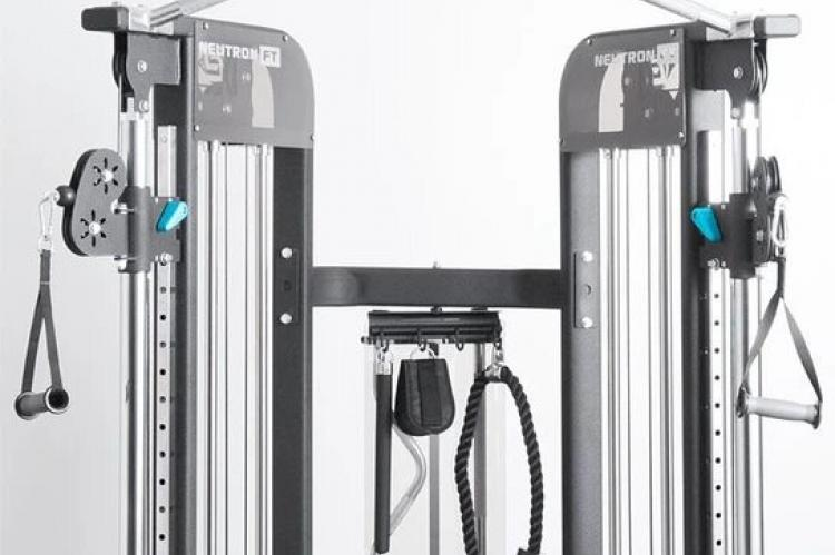 ELEMENT FITNESS NEUTRON FT - Chin Up View