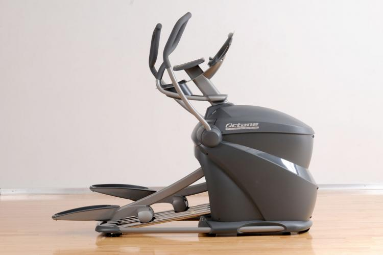 Octane Fitness Pro370 Elliptical Cross-Trainer